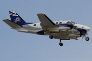 Beech B100 King Air  (C-GIZX)