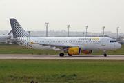 Airbus A320-216 (EC-KLT)