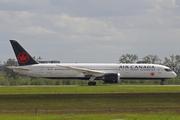 Boeing 787-9 Dreamliner (C-FVLU)