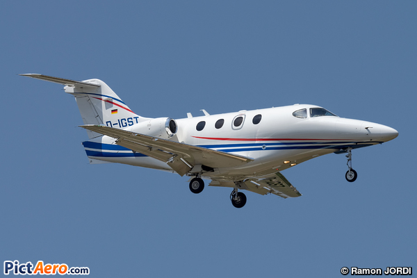 Raytheon 390 Premier I (Peak Air)