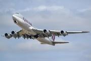 Boeing 747-83QF (A7-BGB)