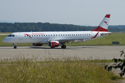 Embraer ERJ-195LR (ERJ-190-200LR) (OE-LWK)