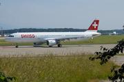 Airbus A321-212 (HB-IOM)