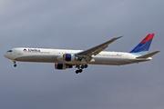 Boeing 767-432/ER (N825MH)