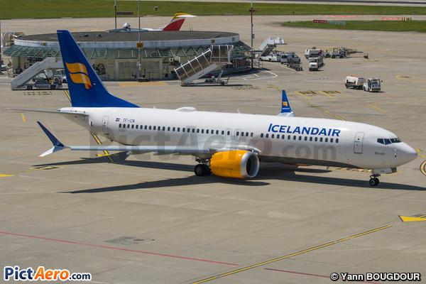 Boeing 737-8 Max (Icelandair)