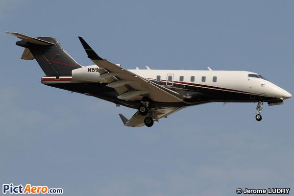 Bombardier BD-100-1A10 Challenger 350 (Flexjet)