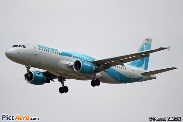 Airbus A320-214 (Clickair)