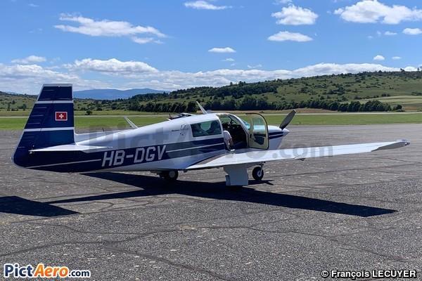 Mooney M-20J (Flying Bones)