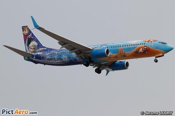 Boeing 737-8CT/WL (WestJet Airlines)