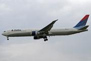 Boeing 767-432/ER (N839MH)