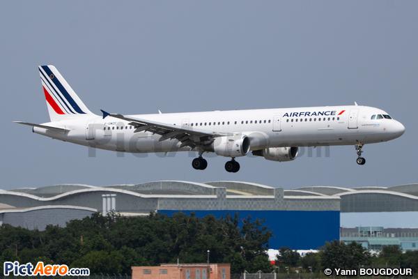 Airbus A321-111 (Air France)