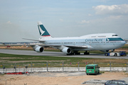 Boeing 747-412 (B-HKV)