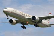 Boeing 777-3FX/ER (A6-ETS)