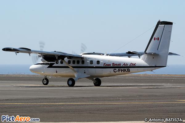 De Havilland Canada DHC-6-300 Twin Otter (Winair - Windward Islands)