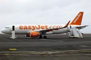 Airbus A320-214/WL (G-EZWJ)