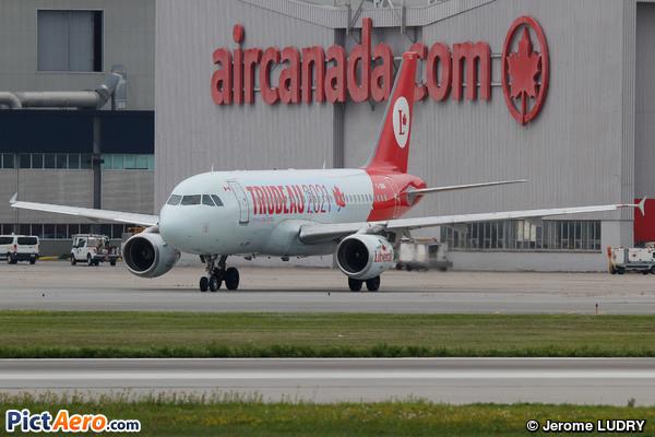 Airbus A319-114 (Air Canada)