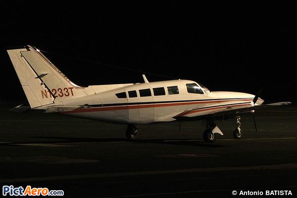 Cessna 402C (Private / Privé)