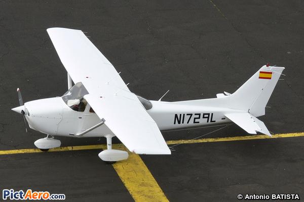 Cessna 172R Skyhawk (Flying Academy Spain)