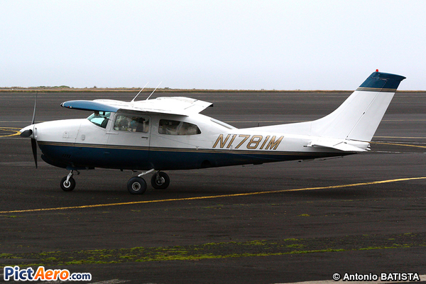 Cessna 210M Centurion (Ron Farish Aircraft Inc)