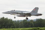 McDonnell Douglas F/A-18C Hornet (J-5026)