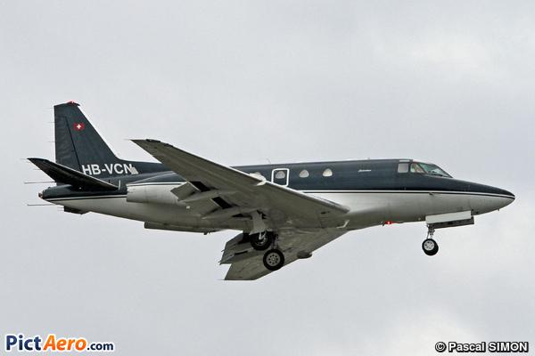 North American NA-265 Sabreliner (Sonnig)