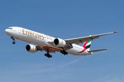 Boeing 777-31H/ER (A6-EGX)