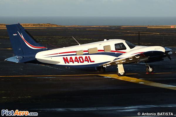 Piper PA-34-220T (GLOBE AERO LLC)