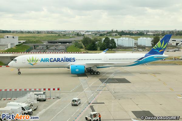 Airbus A350-1041 (Air Caraïbes)