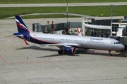 Airbus A321-211/WL (VP-BKZ)