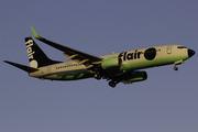 Boeing 737-86N (C-FFLA)