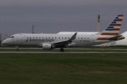 Embraer ERJ-175LR (ERJ-170-200 LR) (N213NN)
