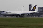 Airbus A340-313X (D-AIGZ)