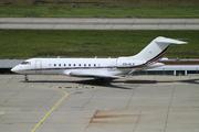 Bombardier BD-700-1A11 Global 5000 (CS-GLZ)