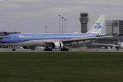 Airbus A330-303 (PH-AKE)