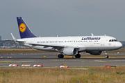 Airbus A320-214/WL (D-AIZZ)